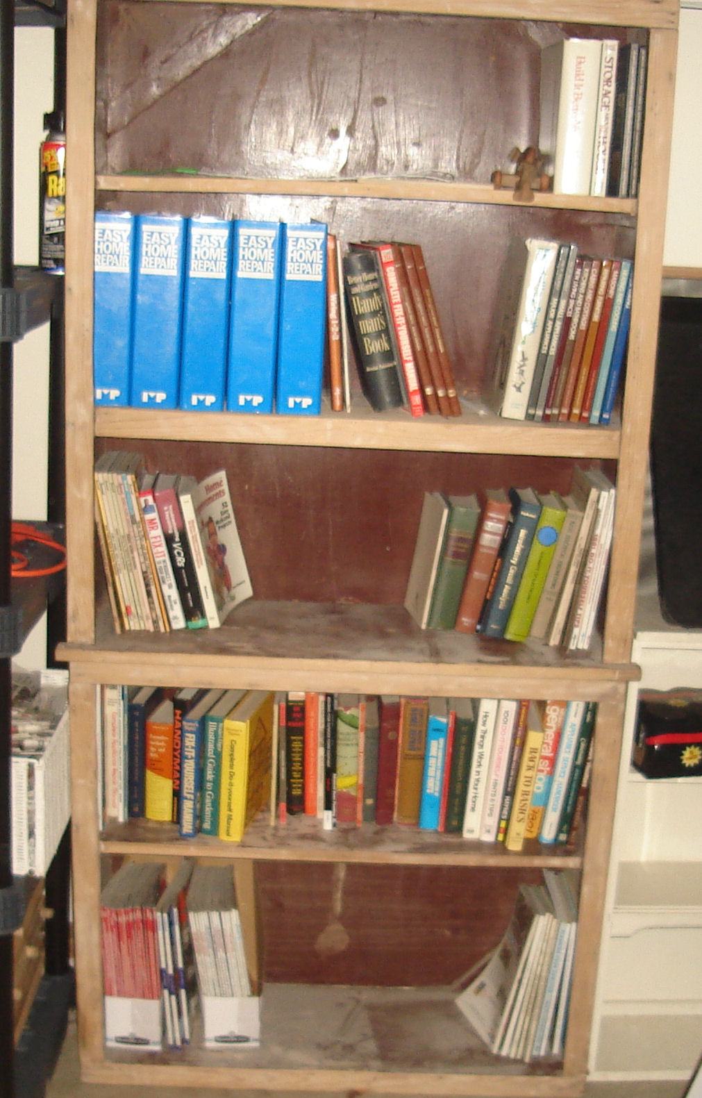 The books in the garage