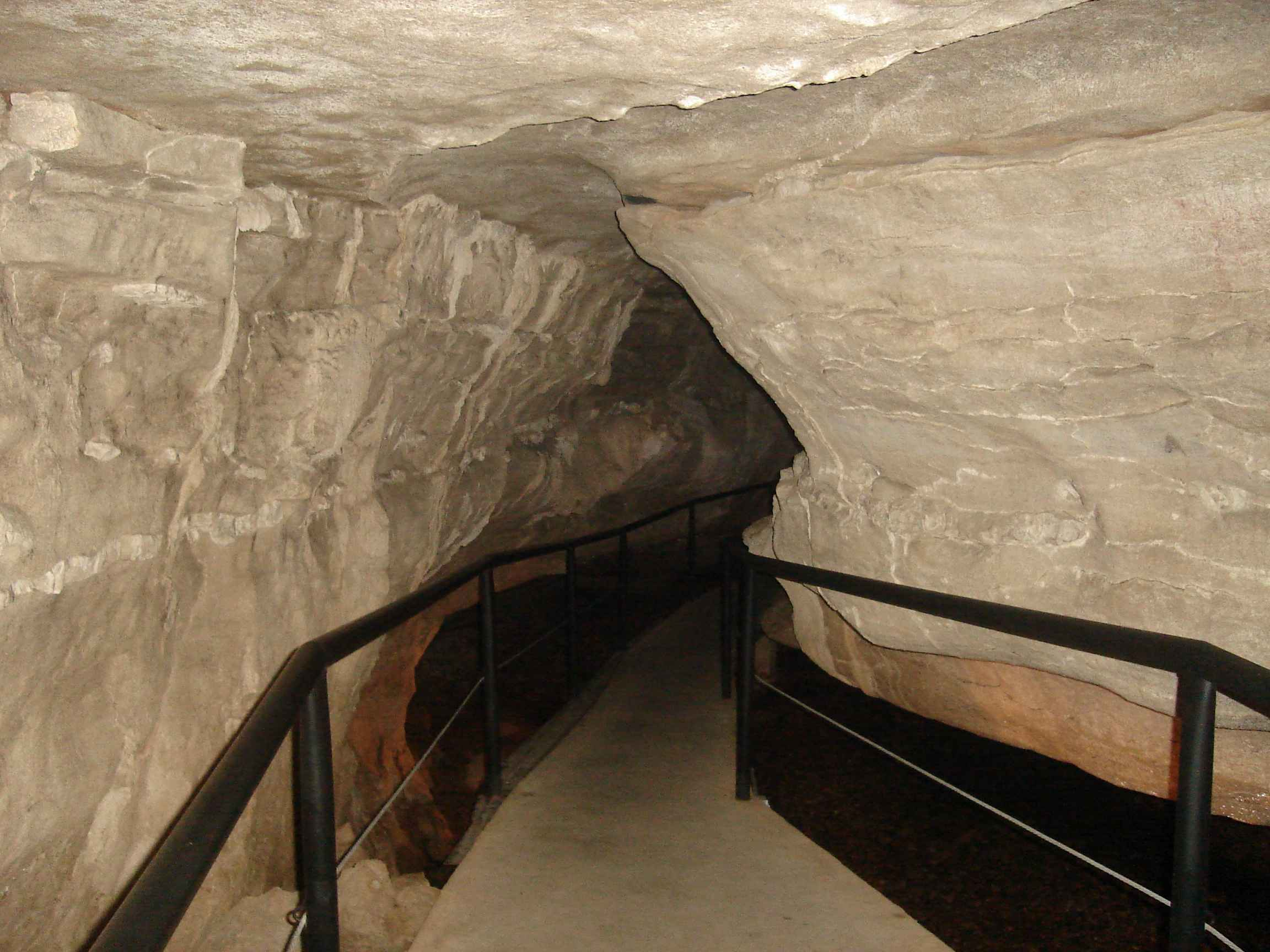 Smallin Cave Claustrophobia Point